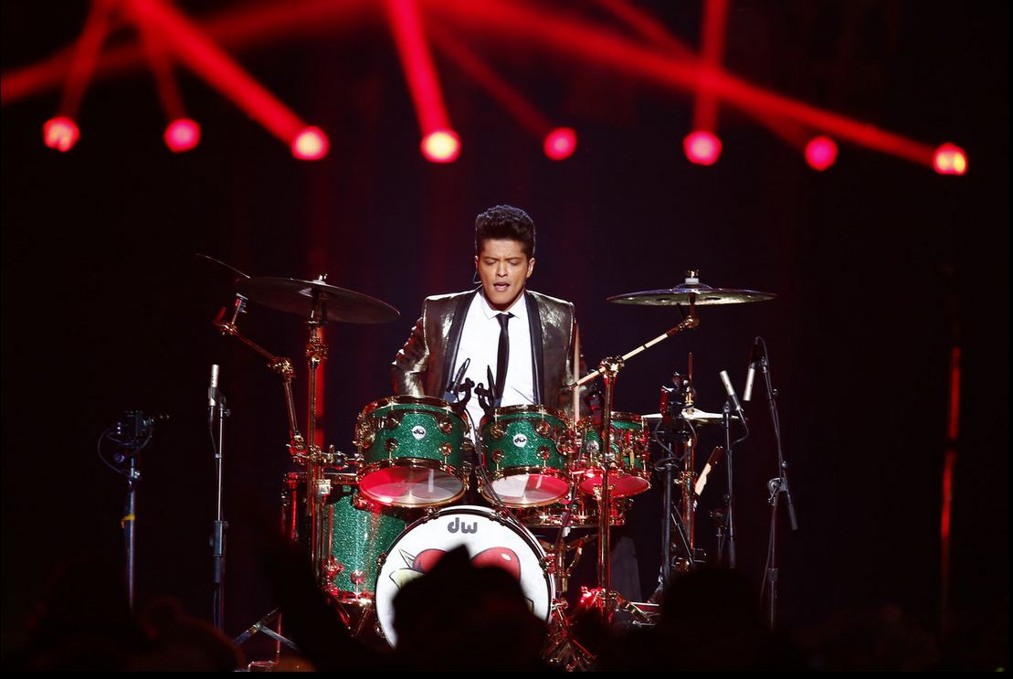 Bruno Mars Showing His Talent in Playing The Drums in Super Bowl 2014