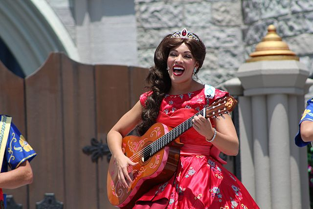 Theme Park Performer, Princess Elena